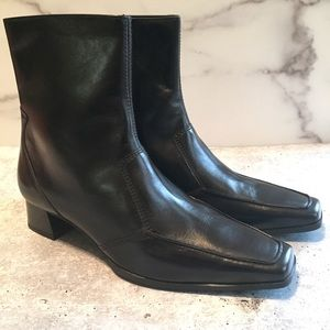 Paul Green Dario Black Leather Booties Size 6